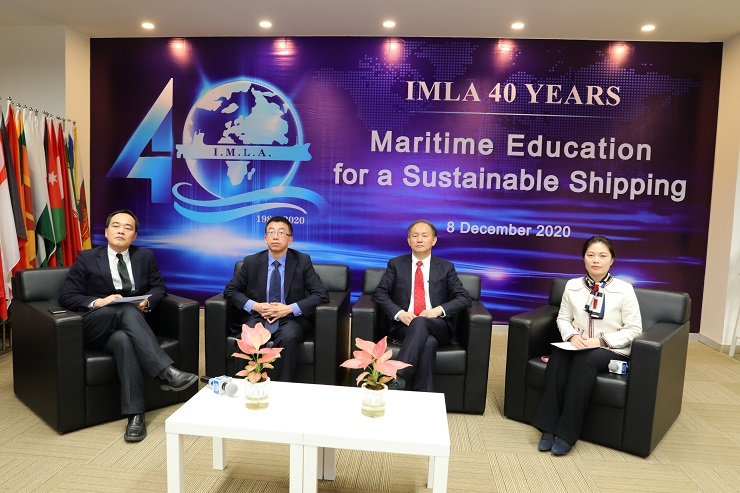 6.Prof. Xin Shi, Vice President of SMU joined the panel discussion